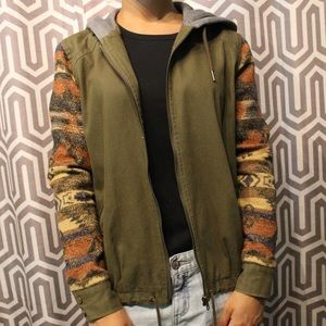 Parka jacket with unique designed sleeves
